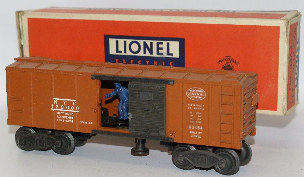 Lionel 3454 NYC operating box car web